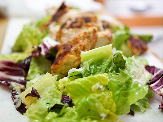Chicken Caesar mit Tante Ilses Dressing für Caesar Salat