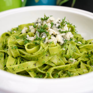 Tagliatelle mit Kürbiskernen und Spinat Pesto