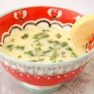 Quinoa-Suppe mit Zitrone