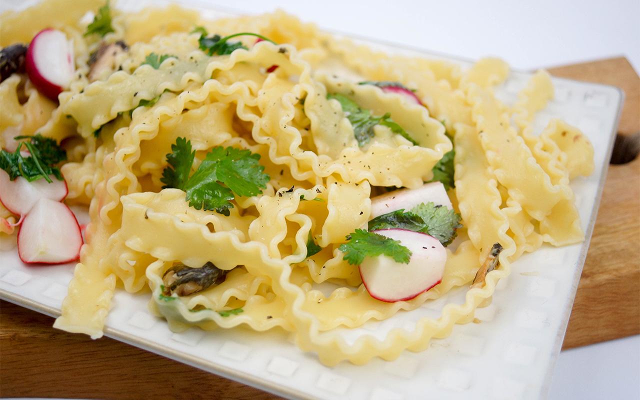 Pasta mit Sardellen und Zitrone by Elle Republic