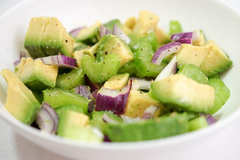 Avocado- und Sellerie-Salat