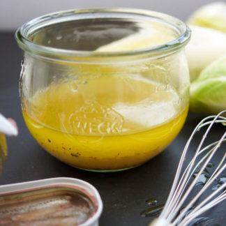 Zitronen-Dressing mit Sardellen zu Endiviensalat, Umami