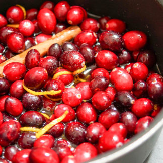 Preiselbeersoße mit Port (Cranberry)