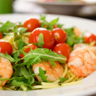 Spaghetti with Pesto, Arugula, Prawns & Cherry Tomatoes