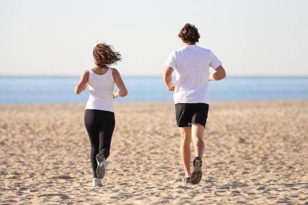 Laufen am Strand Quelle: 123rf