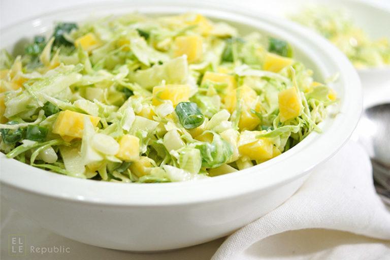 Spitzkohl Salat mit Apfel und Mango