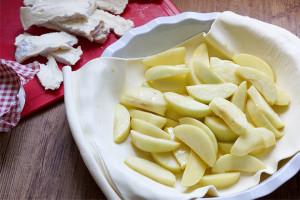 Apfelschnitten für Apfel-Pastete (Apple Pie) mit Camembert von Elle Republic