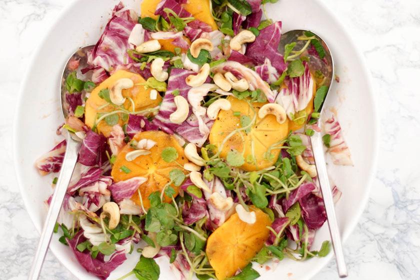 Dattelpflaume Persimmon und Brunnenkresse-Salat mit Rhabarber-Ingwer-Dressing von Elle Republic