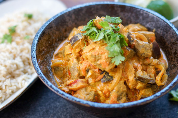 Mild and Tangy Lamb Curry (Rogan Josh)