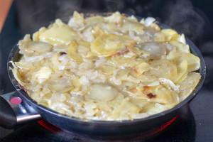 Tortilla in der Pfanne braten von Elle Republic