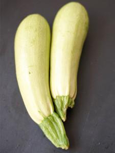 Weiße Zucchini von Elle Republic
