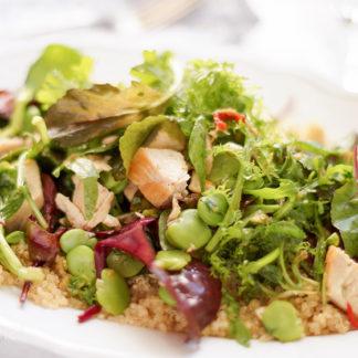 Asiatischer Quinoa-Salat mit Huhn und Dicken Bohnen