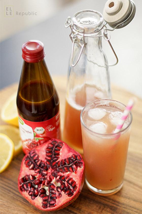 Granatapfel-Sprudel mot Zitrone