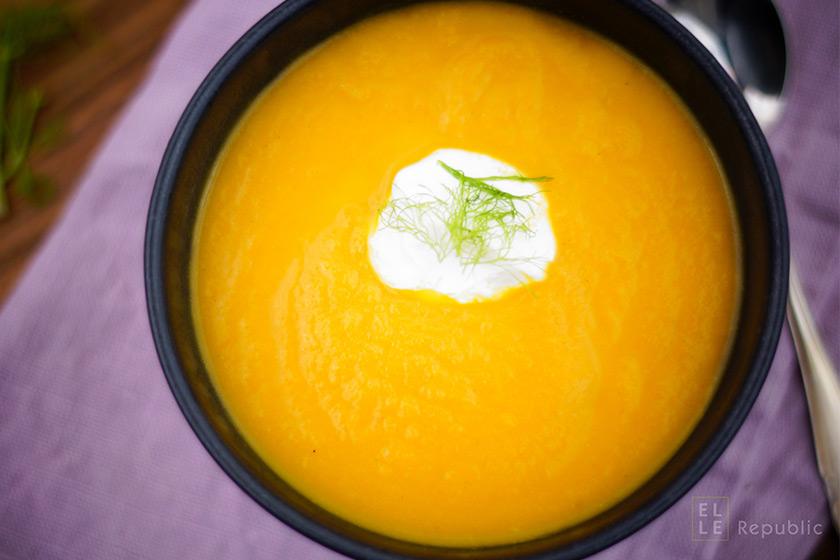 Vegetarische Karotten Fenchel Suppe mit Crème Fraîche