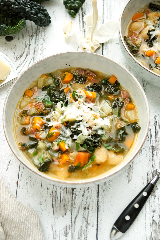 Toskanische Bohnensuppe mit Grünkohl, Palmkohl (Ribollita), Glutenfreies Rezept
