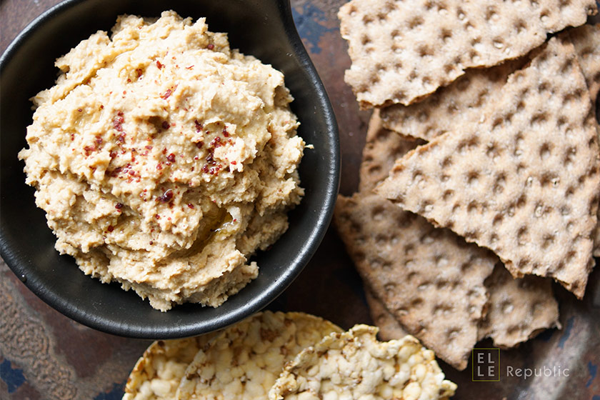 hummus flavored with cumin, cayenne and sumac