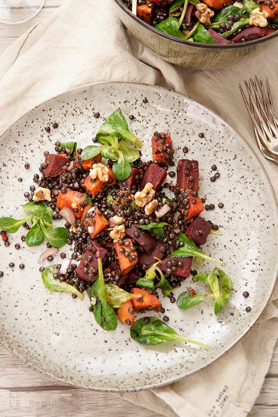 Linsen Salat mit gerösteter Süßkartoffel und Rote Bete