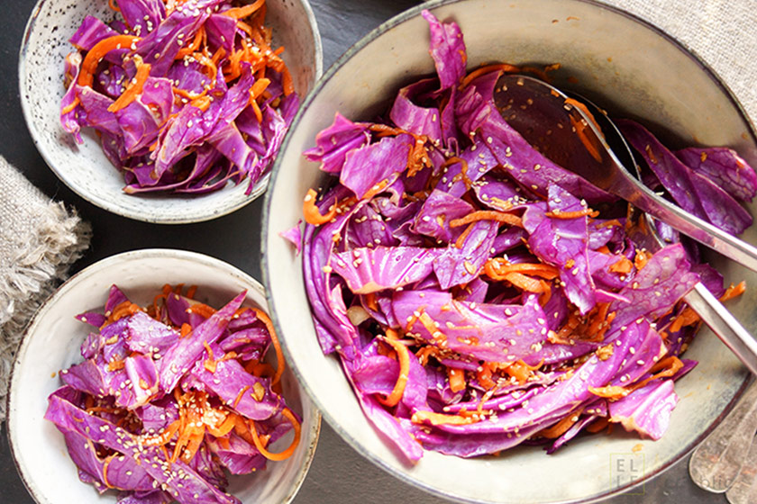 Rote Spitzkohl Salat mit Karotte