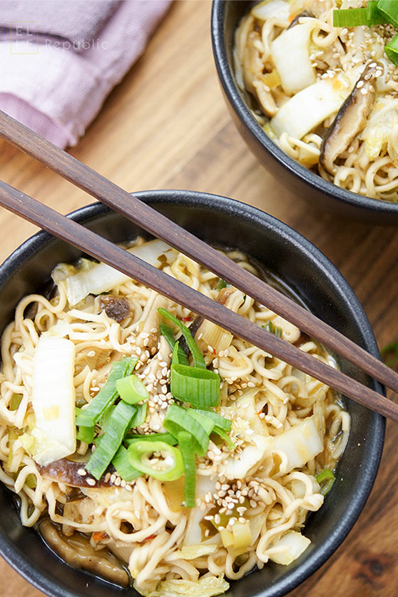 Chinese Cabbage Shiitake Noodle Bowl