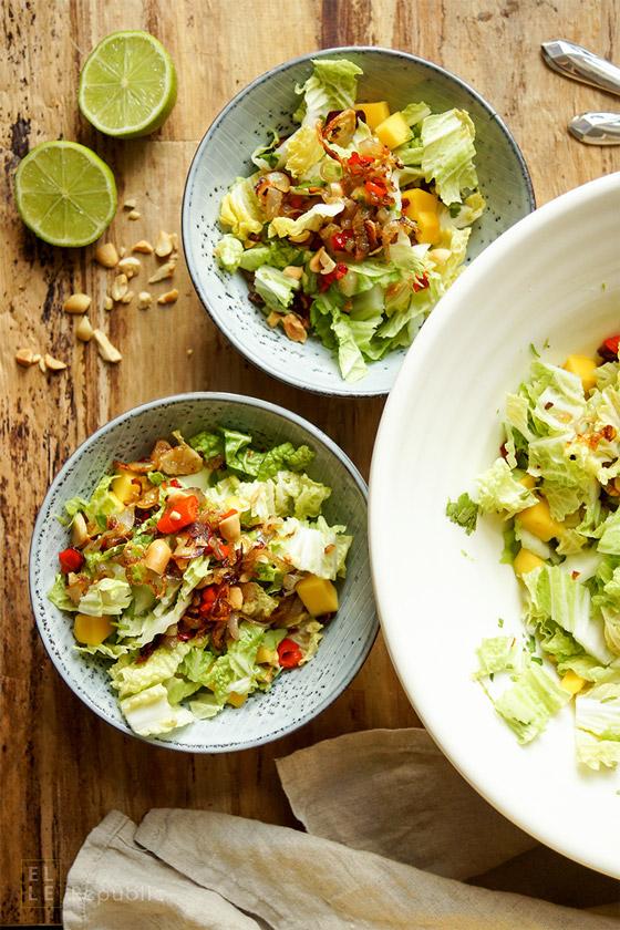 Mango-Chinakohl-Salat mit Kokosnussmilch