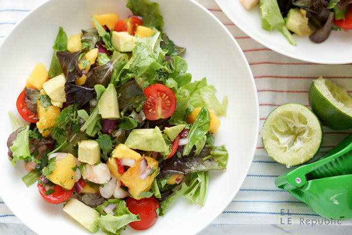 Avocado-Garnelen-Salat mit Koriander Limetten Dressing
