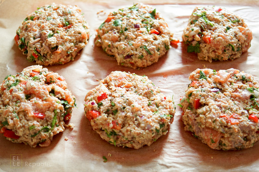 Quinoa Lachsfrikadelle Rezept mit asiatischen Aromen wie Sojasoße, Limettensaft und frischem Koriande