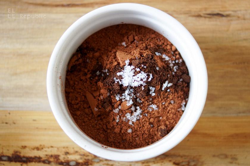 Roher Kakao für Schokoladen Granola