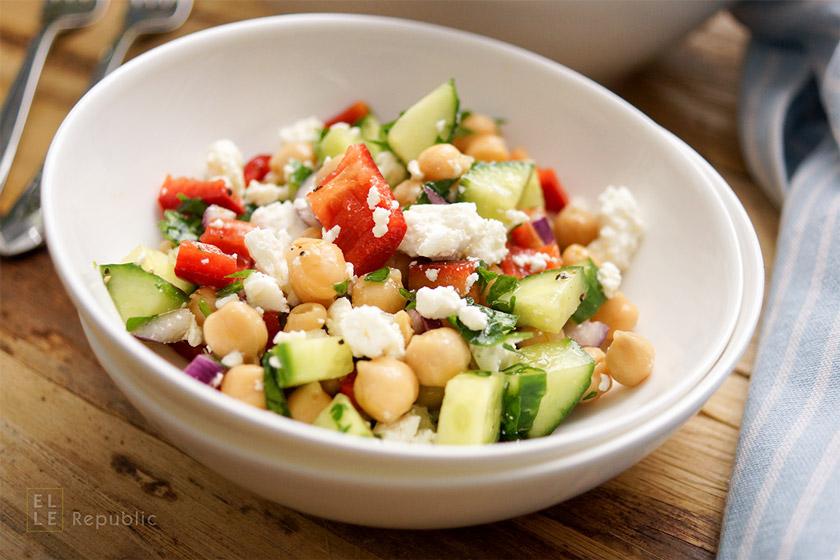 Kichererbsen-Salat für Tipps wie ein gesunder Salat immer gelingt