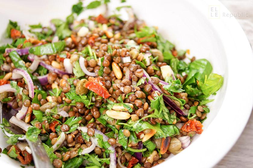 Linsen-Salat für Tipps wie ein gesunder Salat immer gelingt
