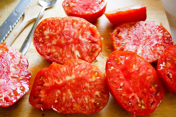 Fleischtomaten für Riesenbohnen Rezept