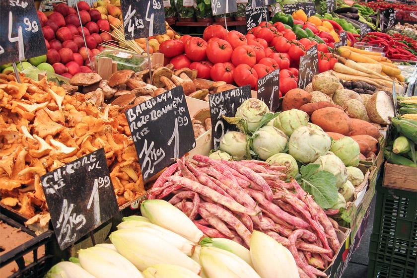 Wochenmarkt, frischer Gemüse