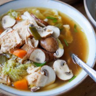 Rezept für Asiatische Hühnersuppe mit Udon Nudeln