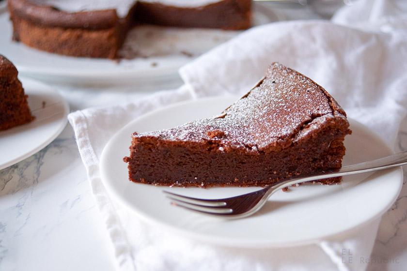 Einfaches Rezept für Schokoladensouffle (Schokoladenkuchen) ohne Mehl