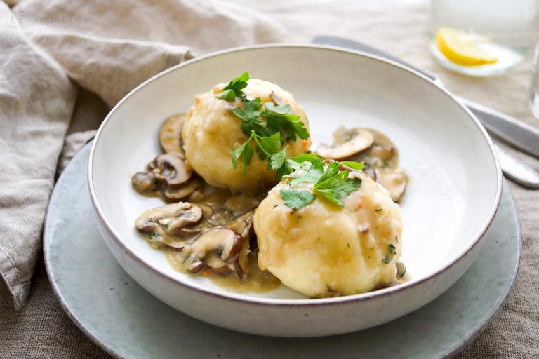 German Potato Dumplings (Knödel) with Mushroom Gravy