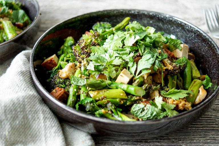 Smoked Tofu Stir-Fry with Asparagus