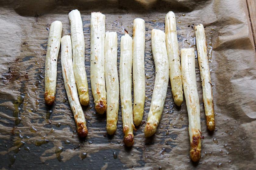 Im Ofen gerösteter Spargel