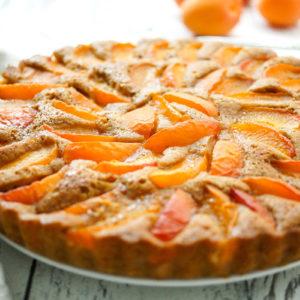 Einfache Sommerliche Aprikosentarte Rezept mit Buttermilch und Kardamom