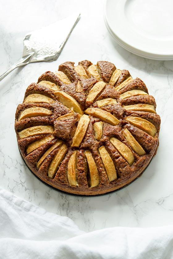 Buttermilchkuchen - Grundrezept mit Apfel oder Heidelbeeren, gesund, fettarm und und zuckerarm