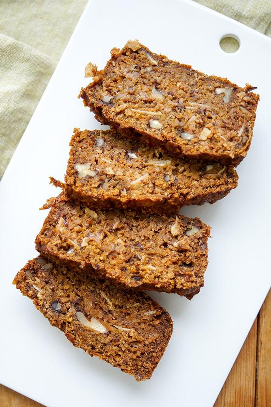 Walnuss-Dattel-Brot mit Hokkaido Kürbis Rezept, vegan, glutenfrei
