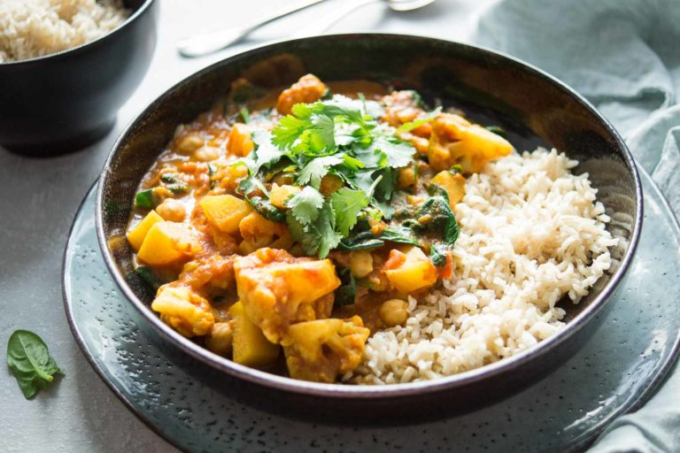 Cauliflower and Potato Curry with Chickpeas