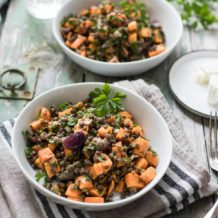 Gerösteter Süßkartoffel-Salat mit Linsen, Karotten und Mohn-Dressing Rezept , Vegan, Glutenfrei