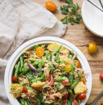 Spanischer Orzo Nudel-Salat Rezept mit Grünen Bohnen, Kartoffeln, Tomaten