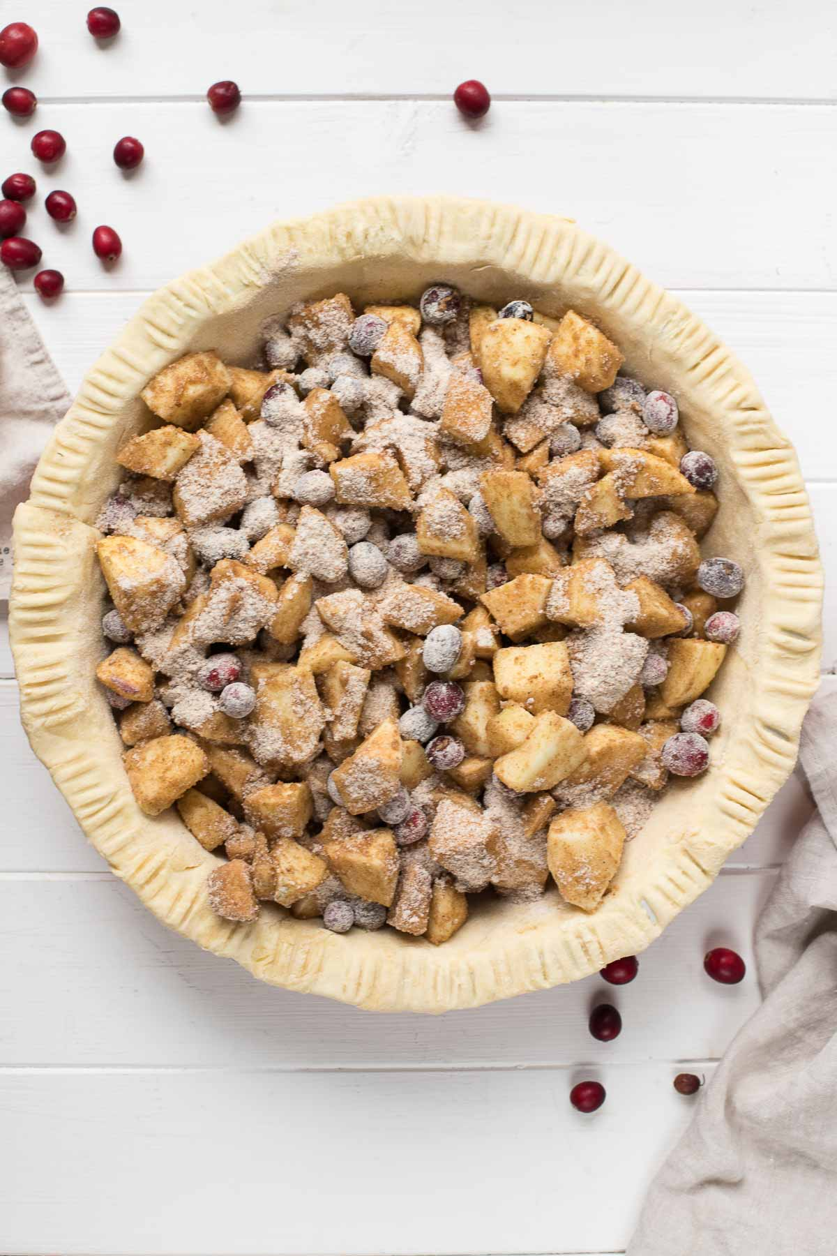Vor dem backen - Classic Apple Pie with Cranberries