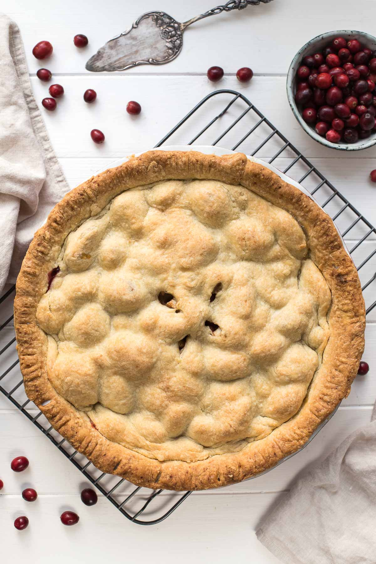 Classic Apple Pie with Cranberries recipe
