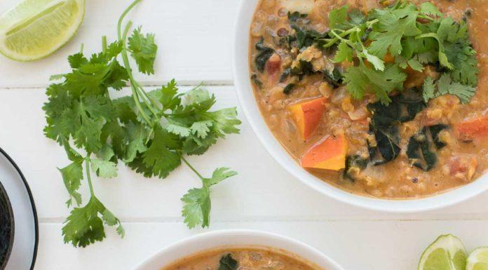 Vegan Rote Linsen Curry mit Kürbis und Kokosmilch Rezept
