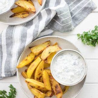 Crispy Roasted Potatoes with Yogurt Feta Dip