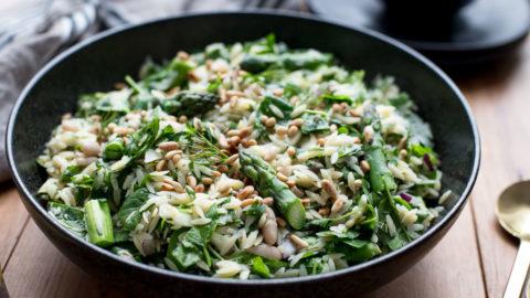 Orzo-Salat mit Spargel | Reisnudel-Rezept | Elle Republic