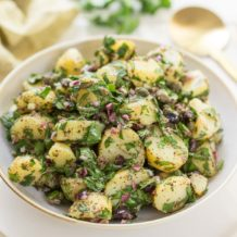 Mediterraner Kartoffelsalat mit Sumach-Dressing, vegane Rezept