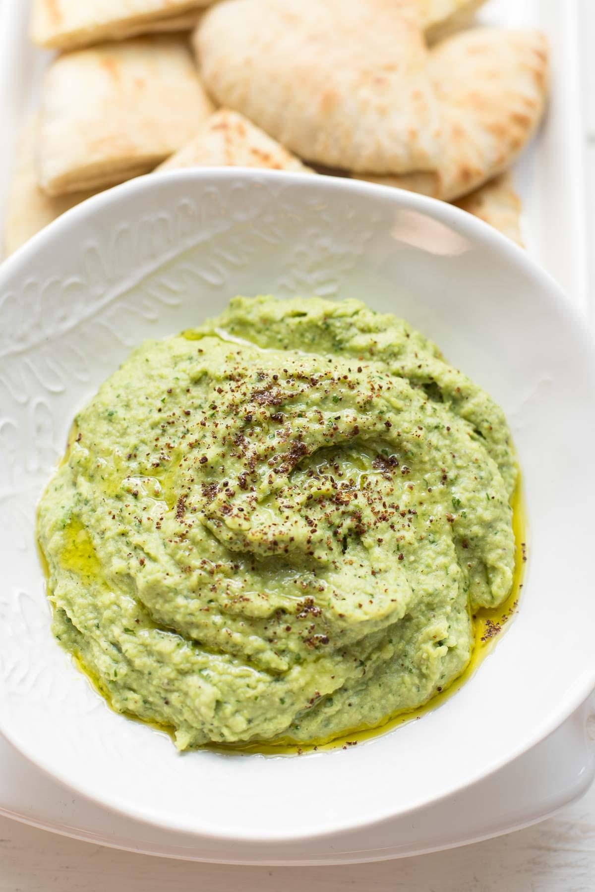 Bohnen Dip aus Dicken Bohnen - Grüner Hummus | Rezept | Elle Republic