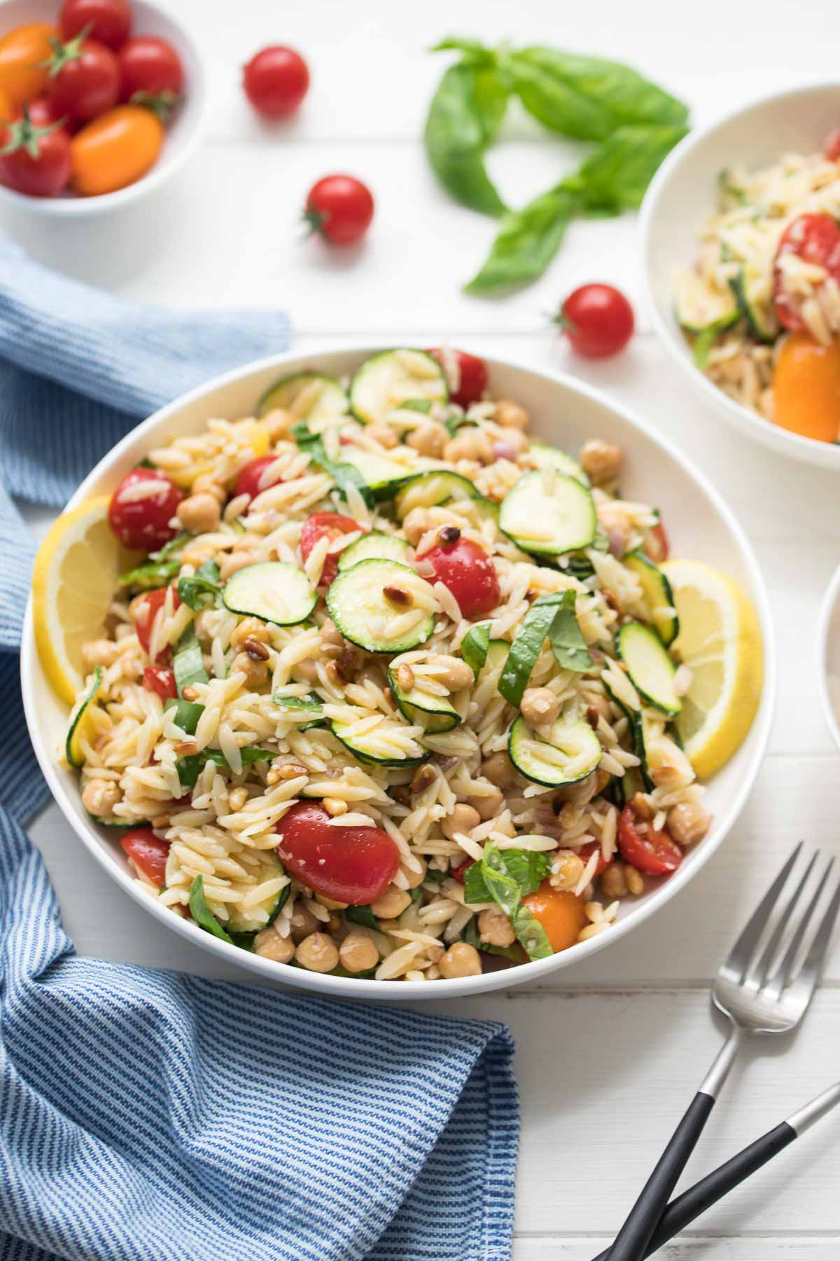 Orzo Salad with Zucchini and Chickpeas